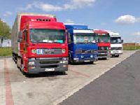 Kto jest pracodawcą kierowców pojazdów ciężarowych zatrudnionych w międzynarodowym transporcie drogowym?