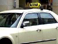 Jak kierowcy taksówek powinni dbać o bezpieczeństwo w dobie epidemii?