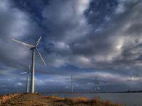 Wejście w życie przepisów o elektrowniach wiatrowych z mocą wsteczną niekonstytucyjne
