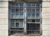 Jakie są prawa tymczasowo aresztowanego w postępowaniu karnym?