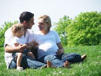 """""""Za życiem"""" - wsparcie kobiet w ciąży i rodzin"""