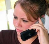 Czy osoba wystawiająca e-receptę może przez telefon podać pacjentowi 4-cyfrowy kod dostępu?
