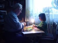 Dziadkowie mają prawo do osobistej styczności z wnukami