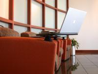 Czy pracodawca może korzystać z prywatnych danych kontaktowych do pracownika?